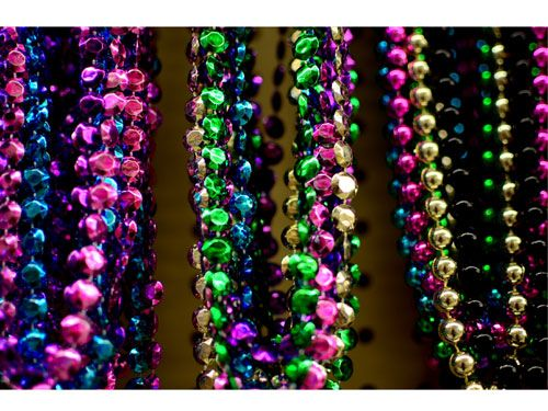 mardi gras -give your venue a French Quarter feel with lots of Mardi Gras party supplies and decorations, which are surprisingly affordable and widely available. From balloons and confetti to magic and mystery, there will be a festive southern spirit at this jubilee. Set up a table of boas and masks as props to take pictures with, and purchase inexpensive beads to throw from the stage.