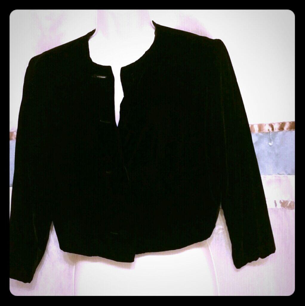 Vintage black velvet cropped jacket black velvet vintage black