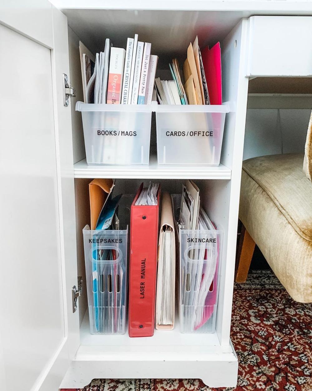 6 Dorm Room Desk Organization Ideas You'll Love - SavvyCollegeGirl -   19 diy Organization desk ideas