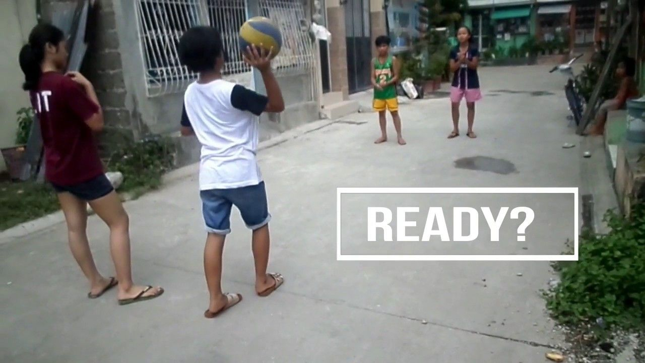 4 Kids Amazing Volleyball Game On The Road With Pauleen Albar Volley Funny Kids Funny Times Worship Songs