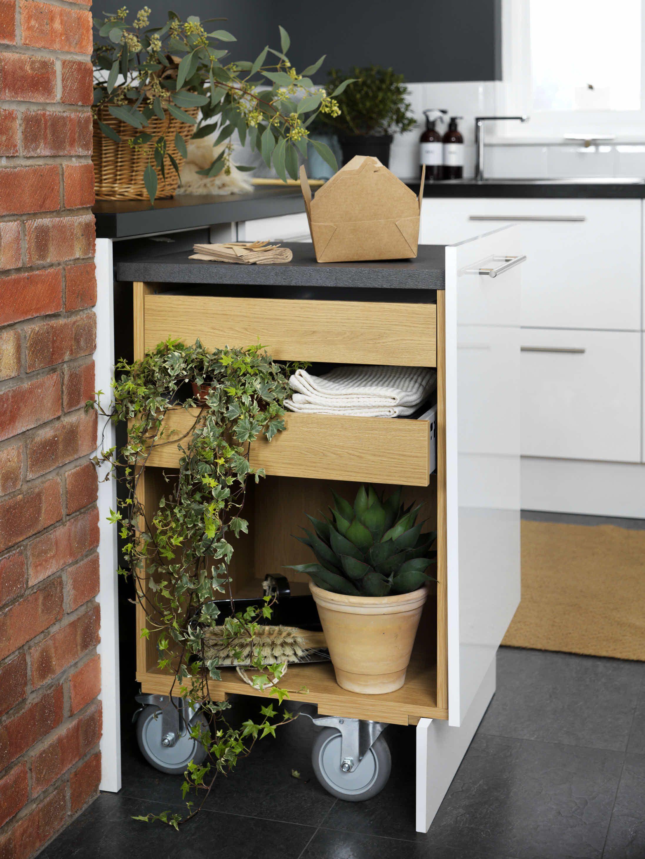 Ausziehbare Arbeitsplatte / Inspiration für kleine Küchen / Foto