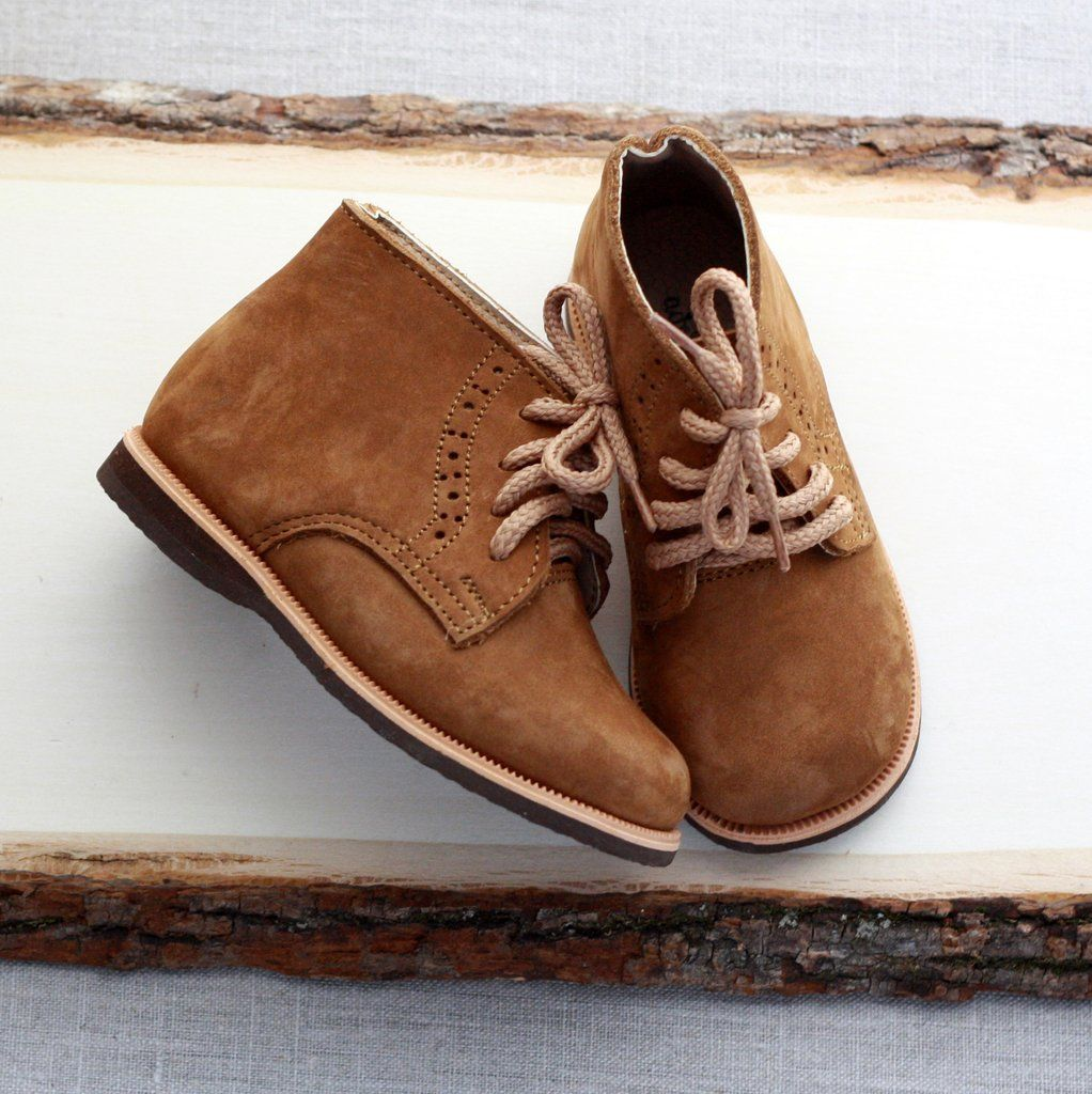 bcbebf04090 Handmade unisex leather boots for babies and toddlers. Fair trade ...