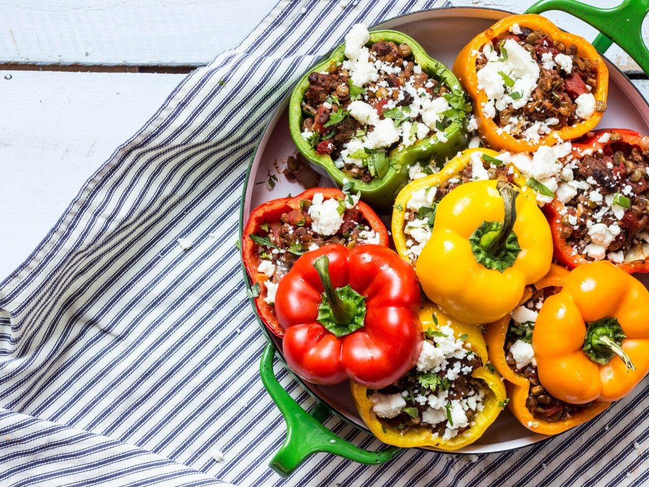 Stuffed Roasted Peppers with Lentils, Beef and Mushrooms - Pulse Pledge