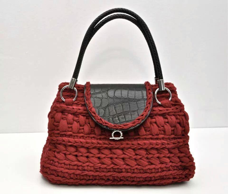 Bolso de trapillo bolsos gancho pinterest crocheted for Bolso crochet trapillo