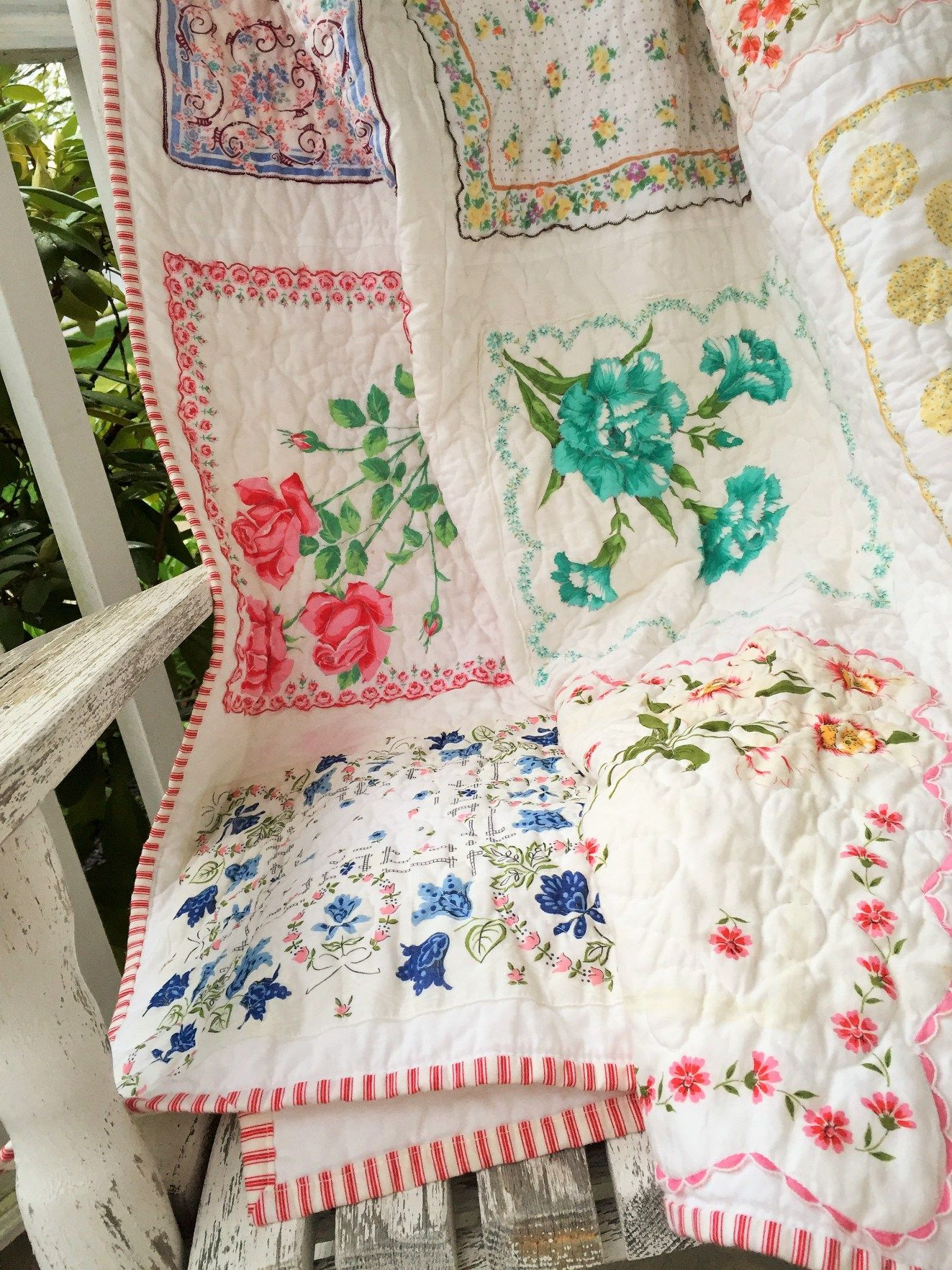 Vintage Hankies Quilt 1 I Dont Quilt Pinterest Quilts