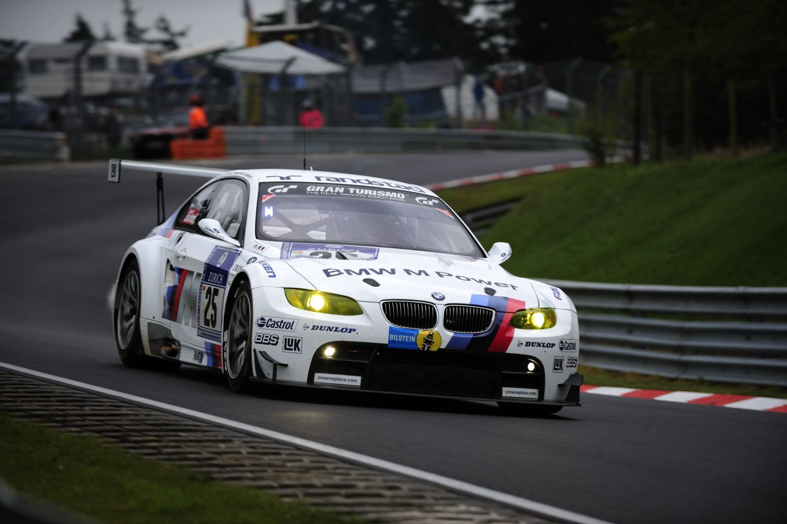 See The Bmw M4 Coupe And M3 Gt Race Car At Road America Bmw M4