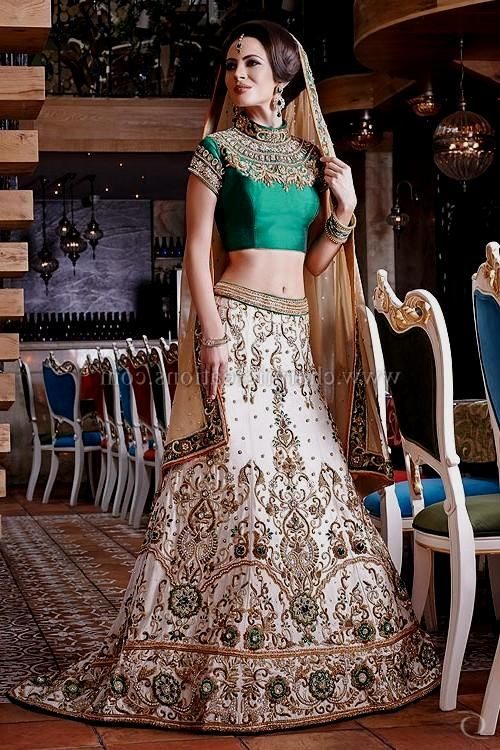 Indian Wedding Reception Outfits For Bride | Wedding Ideas