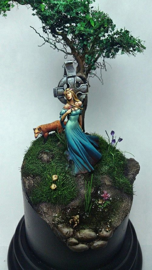 Life goes on - Nocturna by Antonio Peña · Putty&Paint Holy Basing batman!