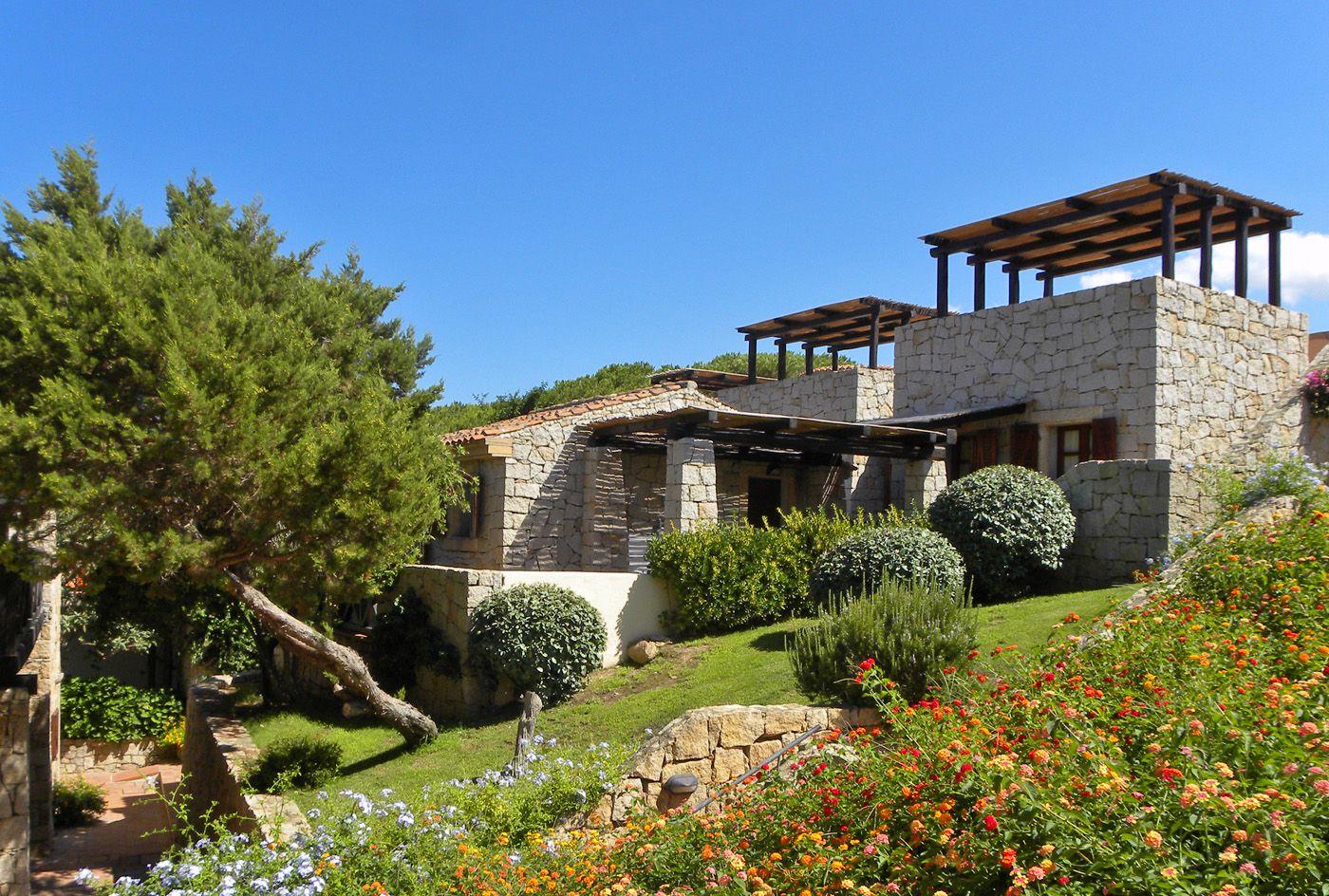 Building of Hotel Residence Porto Piccolo in Baja Sardinia