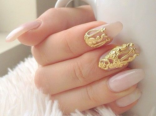 Soft pink nails adorned with gold nail art pictures photos and soft pink nails adorned with gold nail art pictures photos and images for facebook prinsesfo Image collections