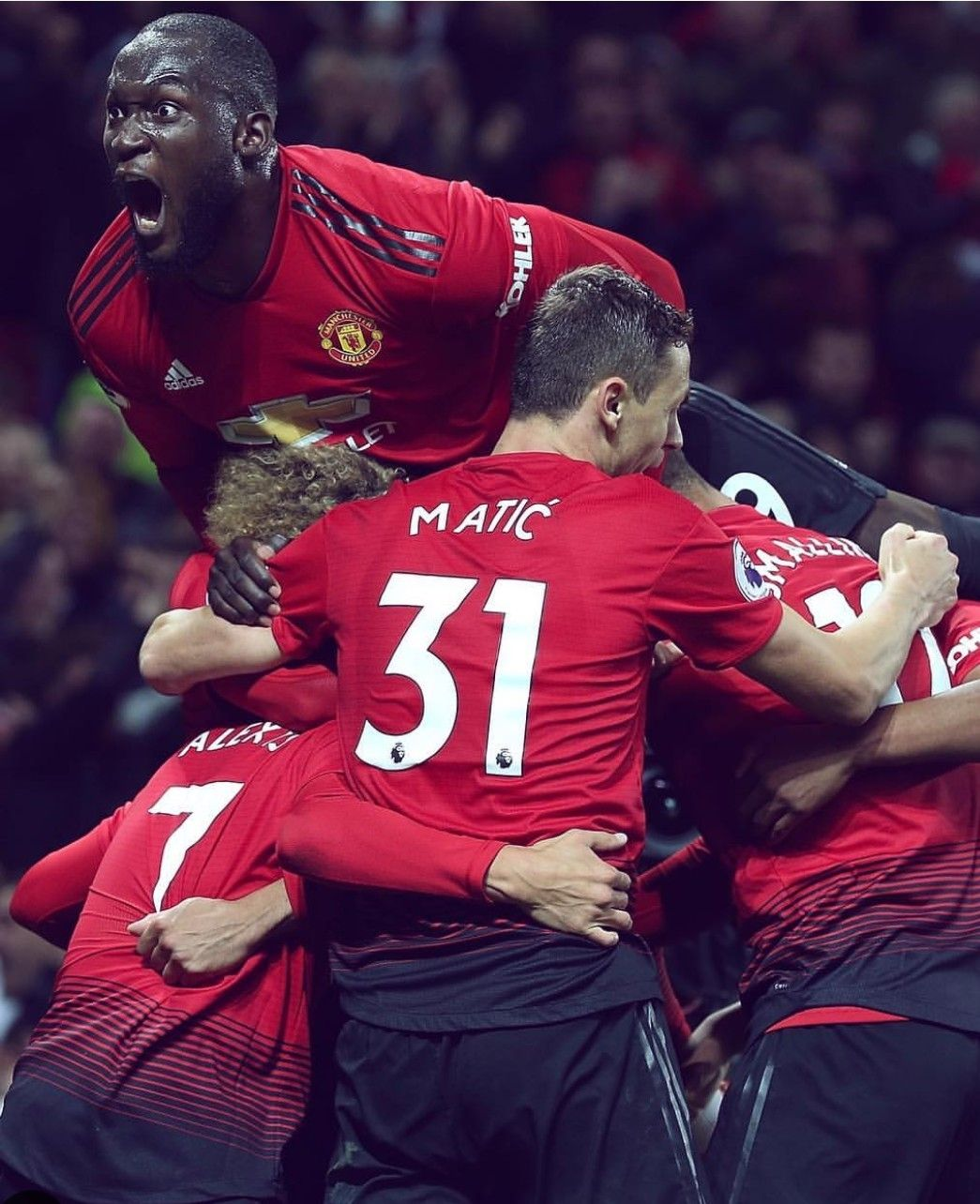 Halftime Manchesterunited 0 2 Newcastleunited Fulltime Manutd 3 2 Newcastle What A Gamee Manchester United Football Manchester United Man United