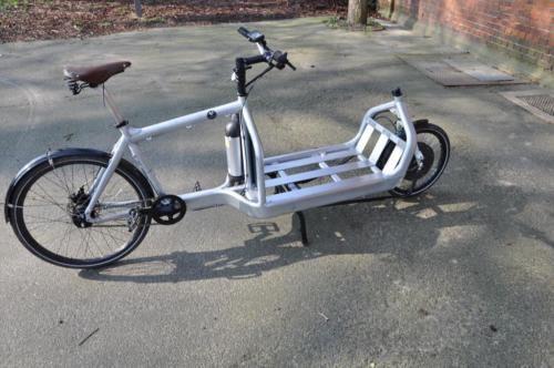 Bullitt Lastenrad Cargobike  E-Bike Alfine 11 in Syke