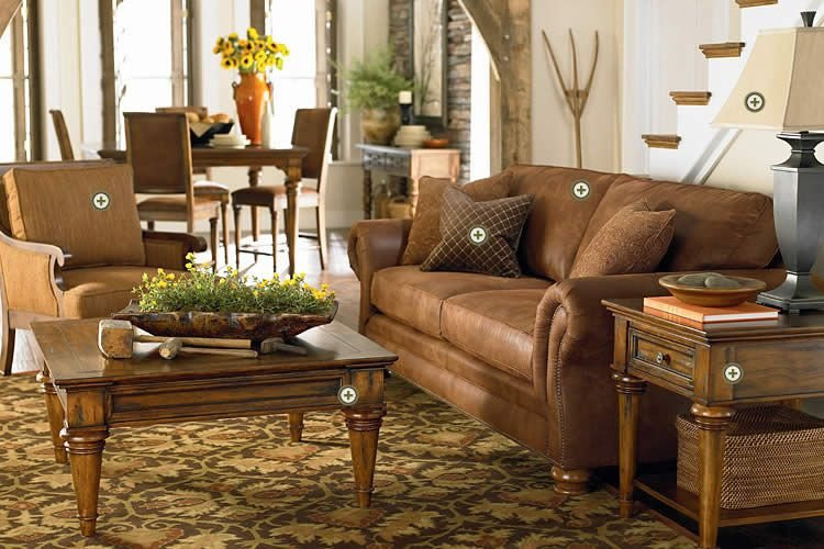 Leather Pottery Barn Style Couch, Pottery Barn Furniture Showroom