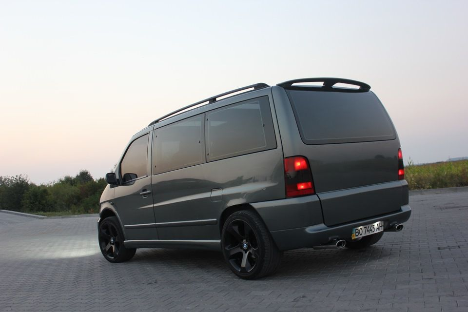 mercedes vito gris con llantas negras amor por mercedes vito w638 pinterest llantas negras. Black Bedroom Furniture Sets. Home Design Ideas