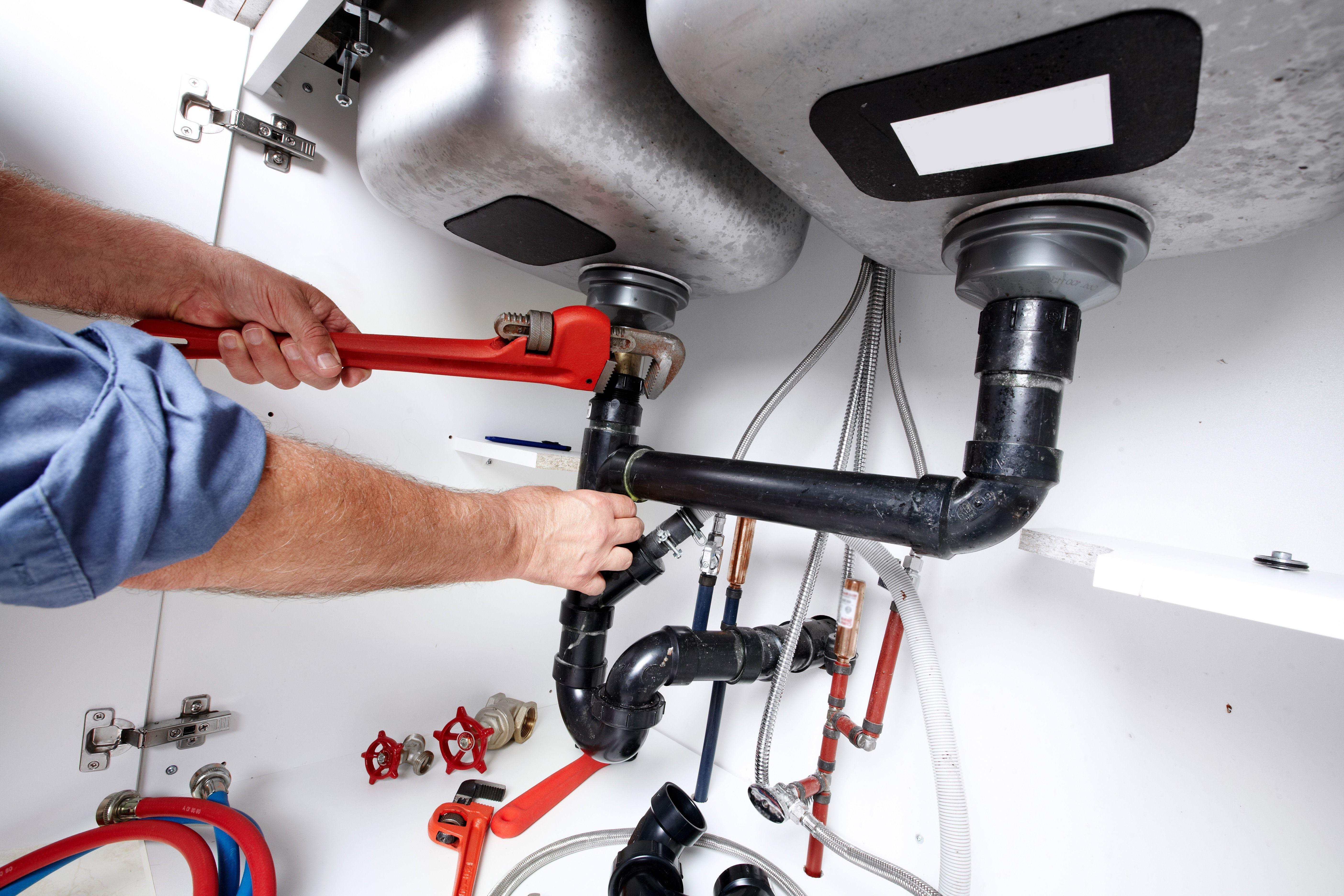 Plumbing Services In Aliso Viejo Plumbers Local Plumbers Near Me Plumbers Near Me Plumber Aliso Viejo Plumbing Emergency Heating Services Heating Repair