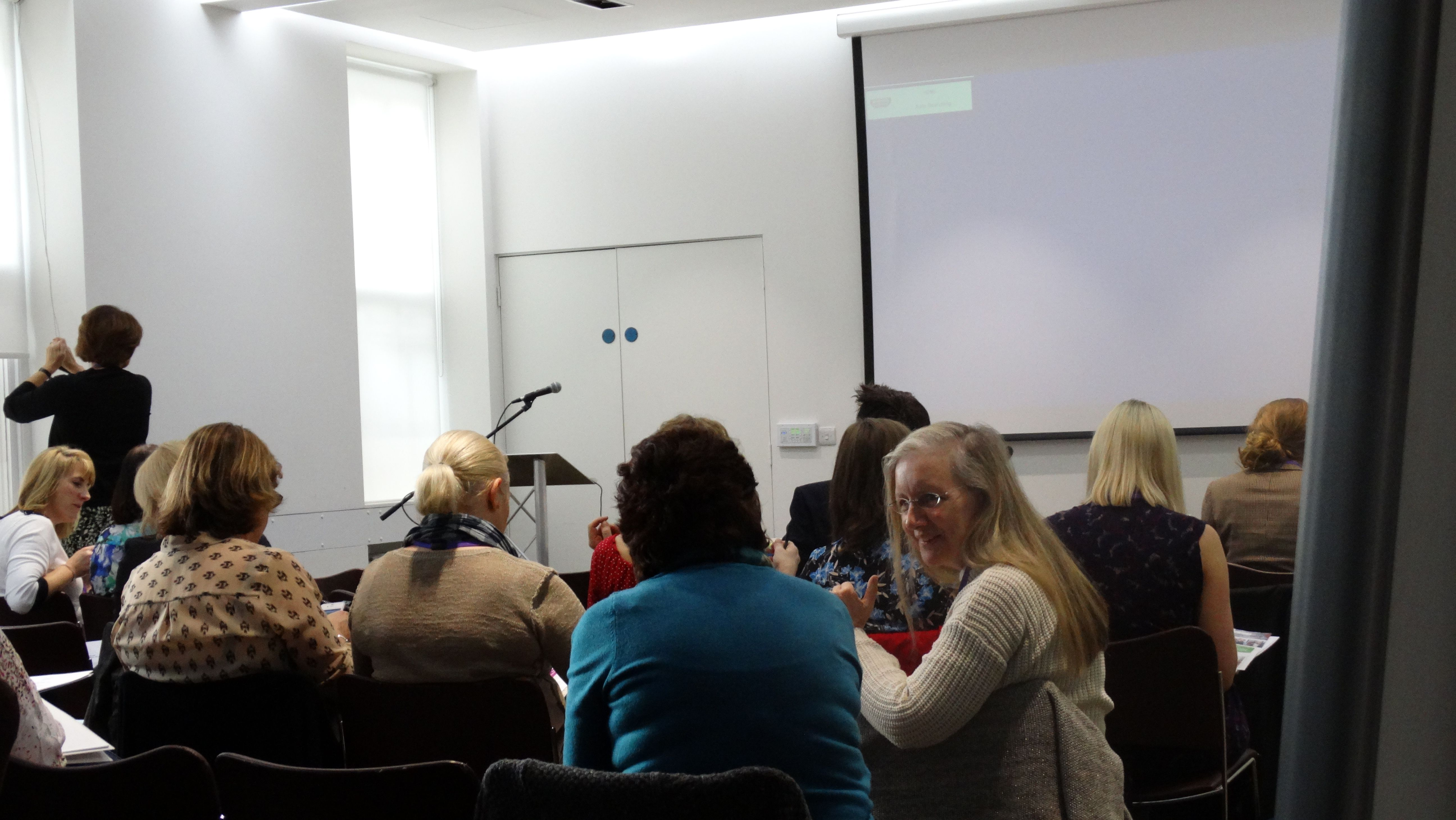 Training Room Tips Must you go for Public Speaking Course Public Speaking Training Courses