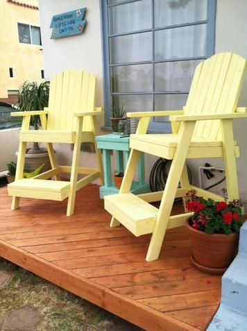 Tall Deck Chairs...love These!