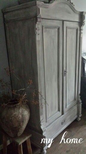 kast in de paste wax kleur carbon van painting the past. Black Bedroom Furniture Sets. Home Design Ideas