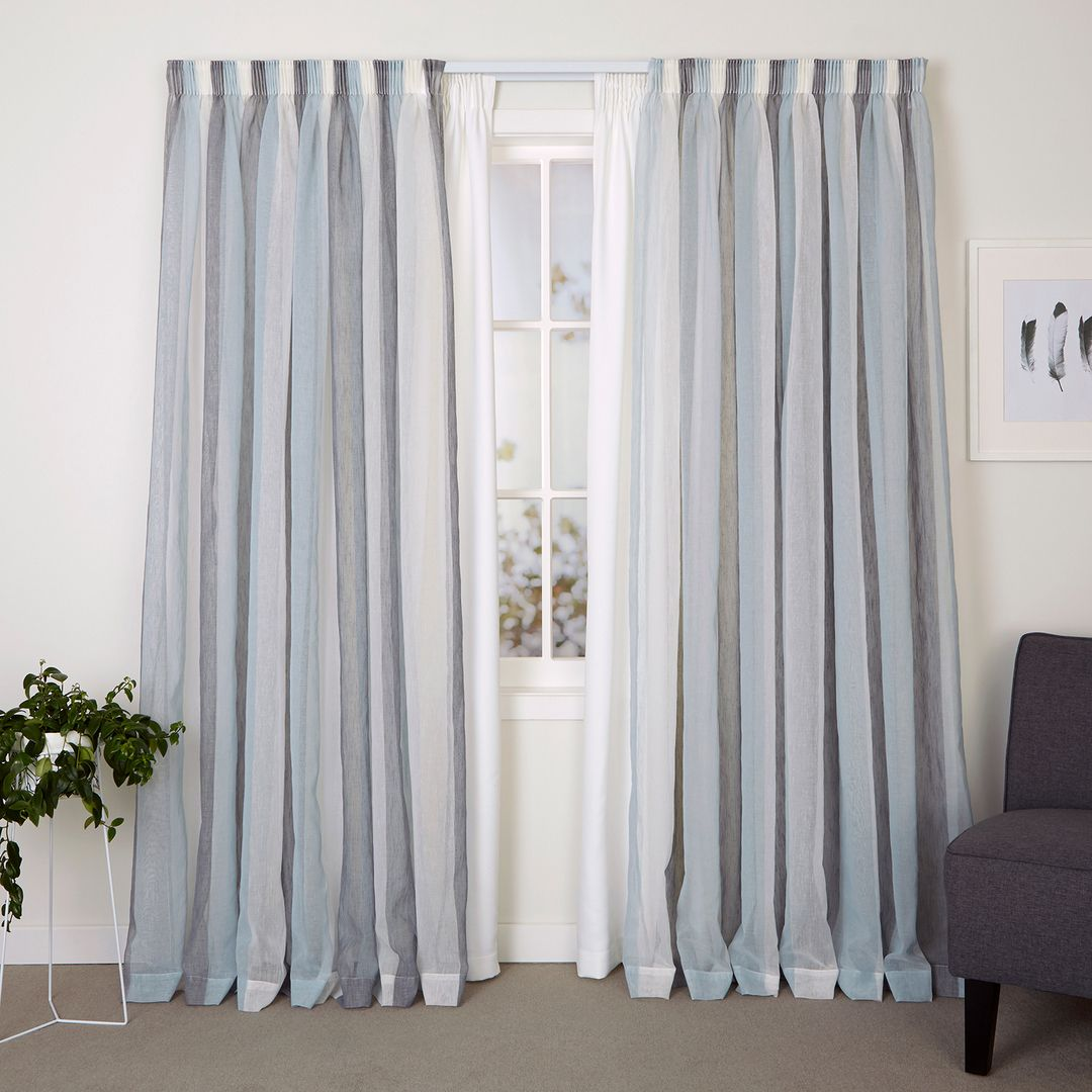 Professional Window Curtain Installation Services In Las Vegas