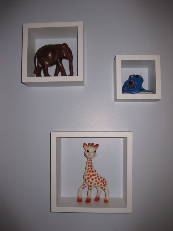 Wall art idea: Figurines/toys in shadow boxes