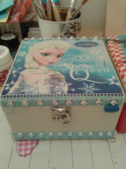 Frozen Elsa decoupage box