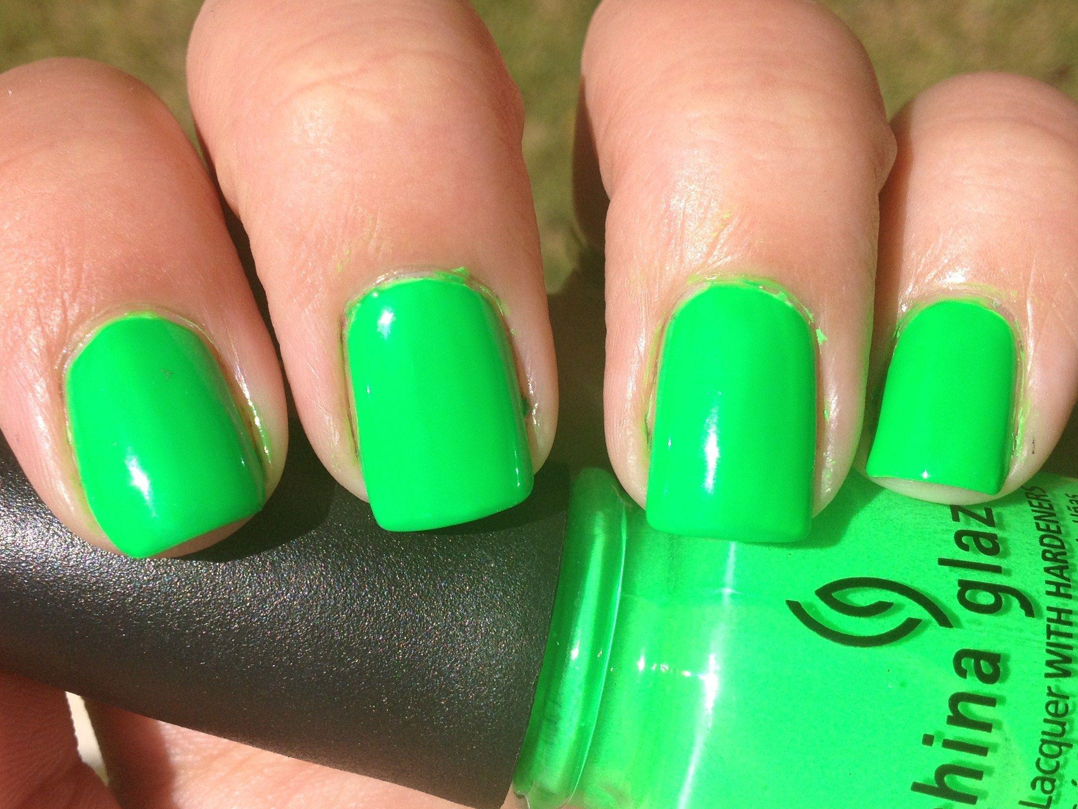 Nail Art Designs, Nail Art Ideas | neon green | Green | Pinterest ...