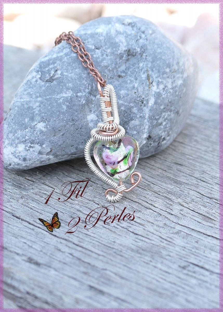 wire wrapped recycled glass pendant. Collier Coeur Rose Wire Wrapping #1fil2perles #wire #wirewrapping #pendentifcoeur #filenroulé # Wrapped Recycled Glass Pendant