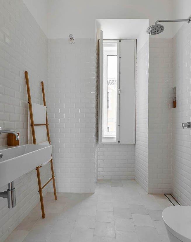Piastrelle diamantate bianche veb bagno ospiti pinterest bath nest and interiors - Piastrelle bagno nere ...
