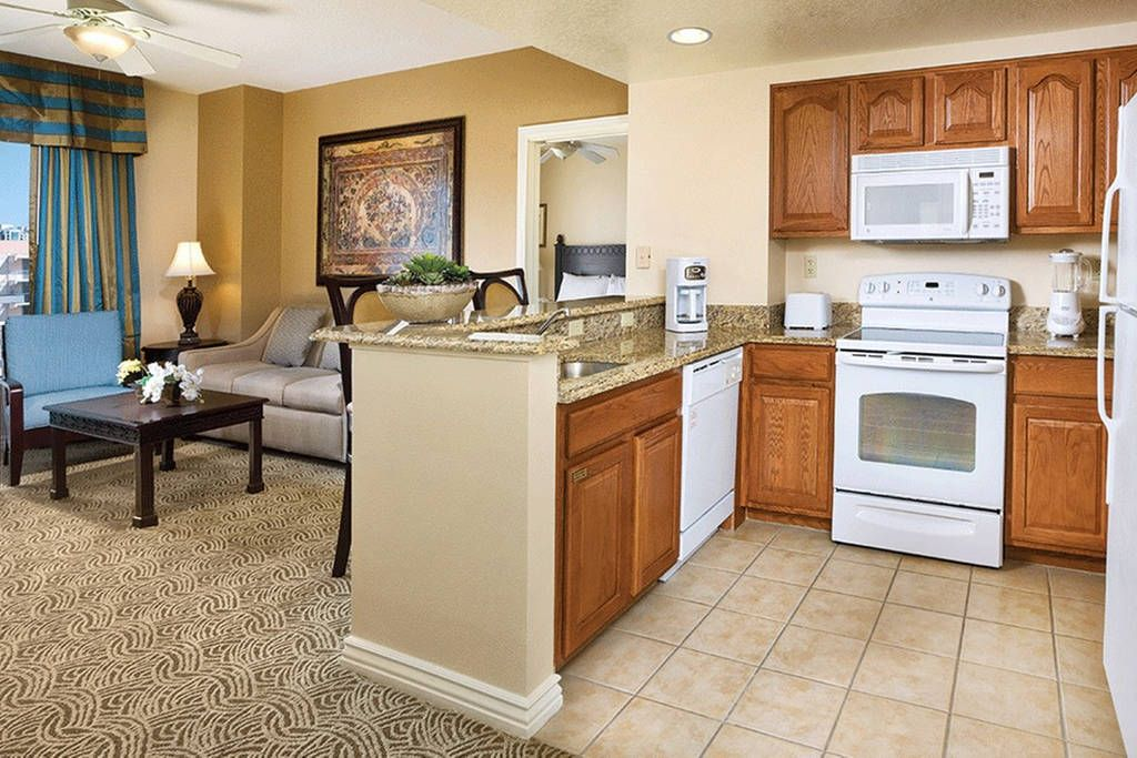 Small U Shaped Kitchen Get 25 Credit With Airbnb If You Sign Up With This Link Http Www Airbnb Com C Wyndham Grand Desert Bedroom Floor Plans One Bedroom