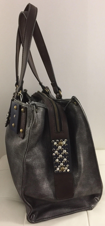 3bfc7fd698056 Taschen   Damen Handtasche mit Nieten und Glitzer
