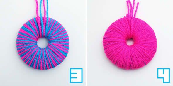 Como fazer pompons de lã coloridos com molde passo a passo  5e8098c0d2f
