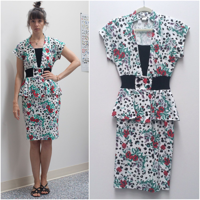 3d6081a67d 80s knit peplum dress    poppy dalmatian print 40s-style dress sz S   M by  KulaVintage on Etsy