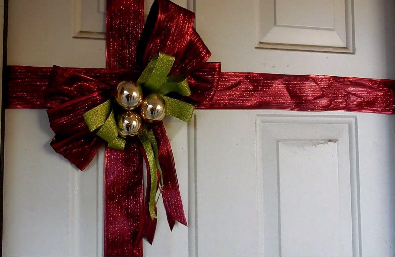 Como hacer un mo o navide o para puerta adornos for Arreglos navidenos para puertas 2016