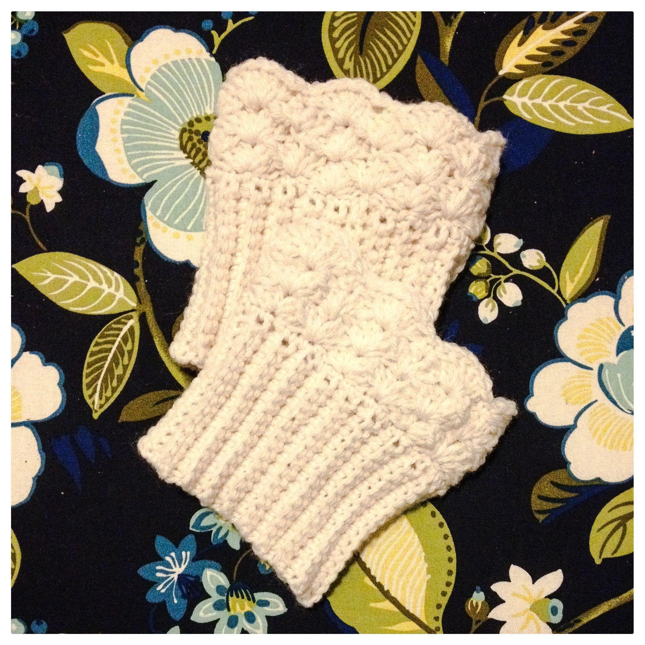 Free pattern free crochet scalloped boot cuff pattern crochet free pattern free crochet scalloped boot cuff pattern bankloansurffo Images