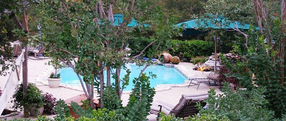Elm Creek Manor 3 Elm creek, Best bed and breakfast, Manor