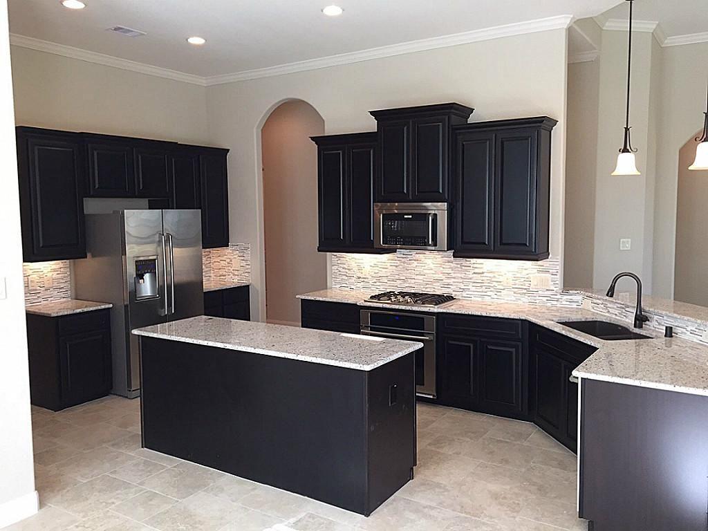 Lennar Model Home Kitchen Google Search Luxury Kitchen Design Kitchen Models Expresso Kitchen Cabinets