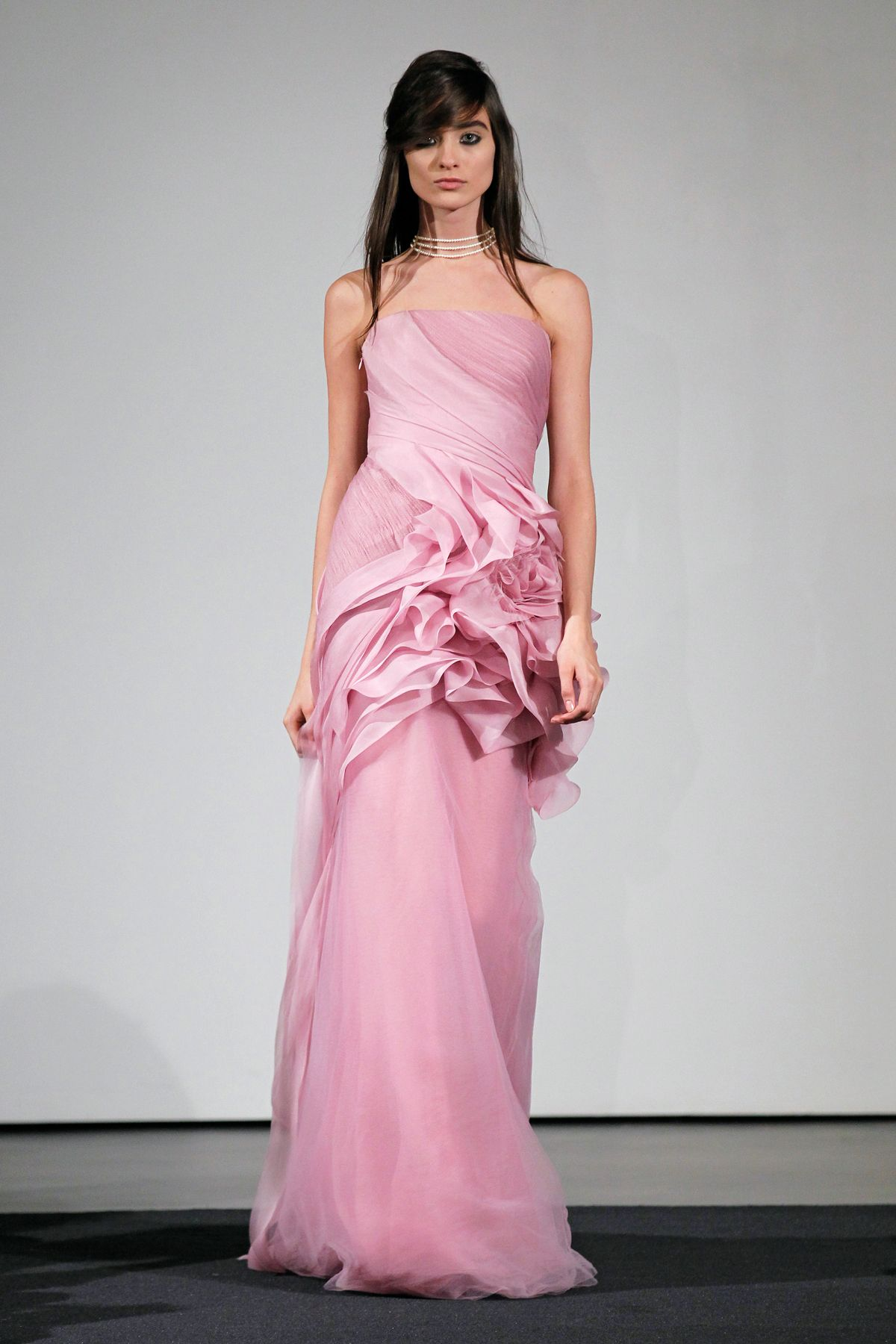 3a81a2d5ab63 Vera Wang's Fall 2014 Bridal Collection Features All Pink Dresses ...