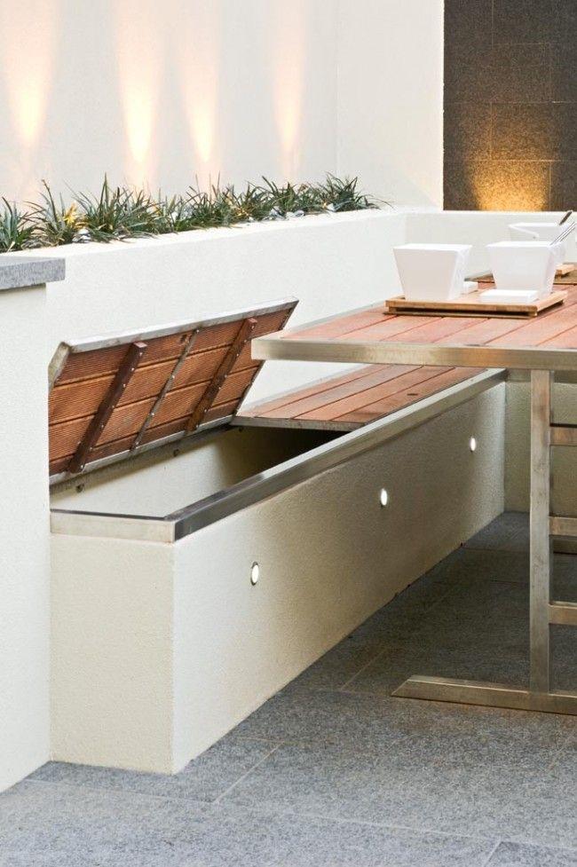 Multi-award winning courtyard design | Almacenamiento, Bancos y Terrazas