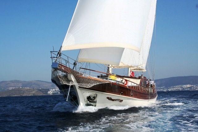 Charter gulet Caner IV, 6 cabins, 12 berths.