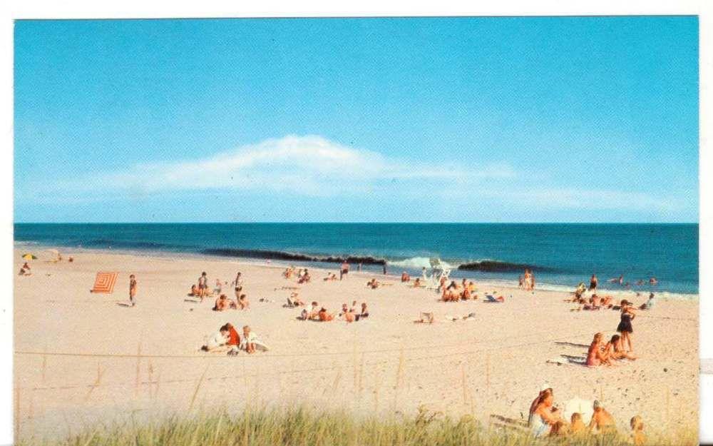 Undated Unused Postcard Long Island Beach Vacation Paradise New York Ny