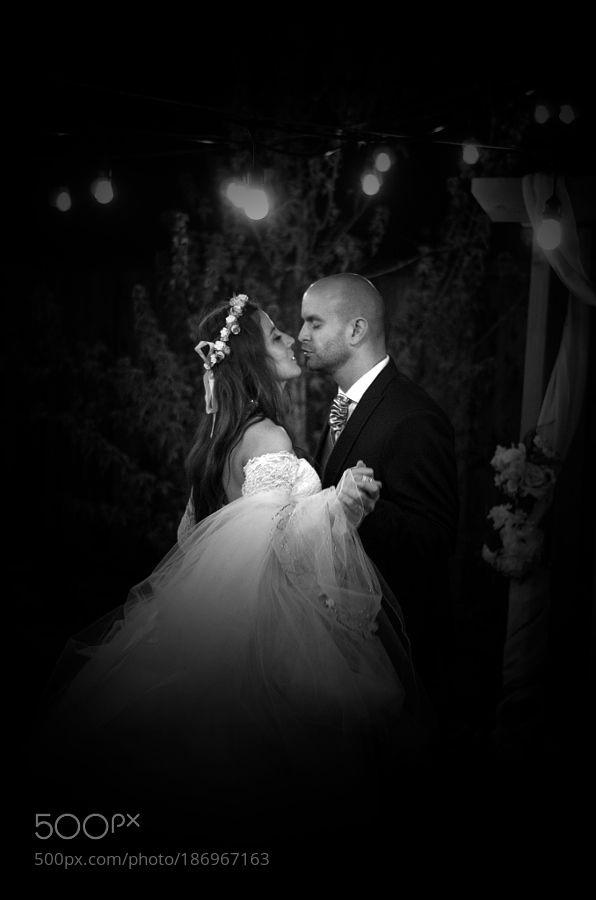 Married Couple's First Dance by JonathanHansen1