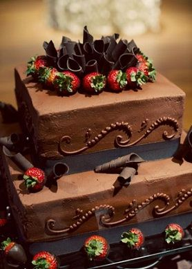 美味しそう!チョコレートのウェディングケーキのデザイン画像