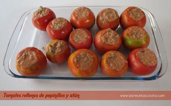 Tomates rellenos de pepinillos y at n no sabes que for Q hacer de cenar hoy
