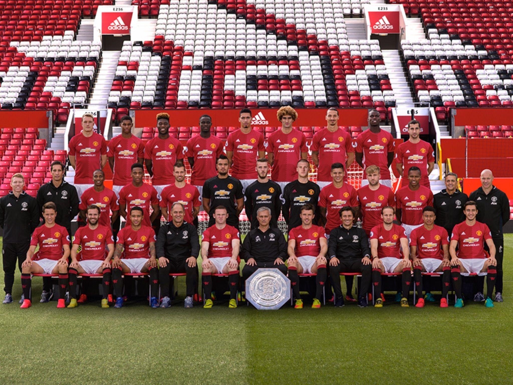 Manchester United 2016/17 | Manchester united, Manchester united football  club, Manchester united team