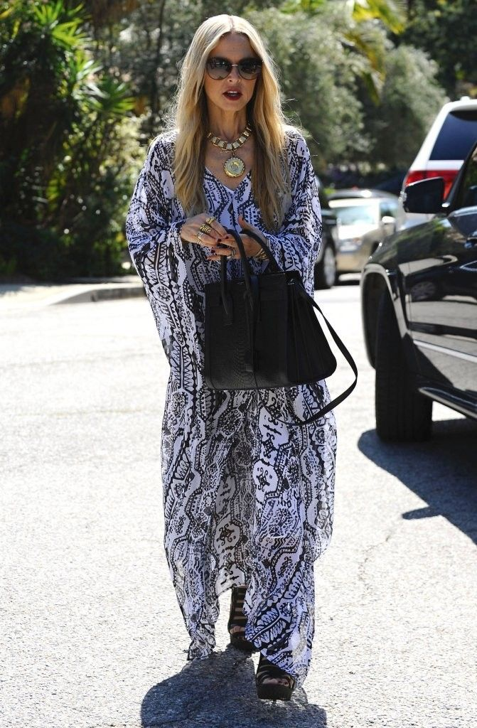 Celebrities are spotted heading to a birthday party in Los Angeles, California on March 8, 2015. Pregnant actress Molly Sims, stopped to wave to the cameras before heading inside.<br /> <br /> Pictured: Rachel Zoe