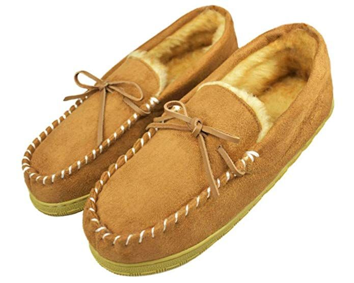 ad8317207da3 Tirzrro Men s Microsuede Plush Lined Slip On Moccasin Faux Fur Lining Indoor  Outdoor Slippers Review