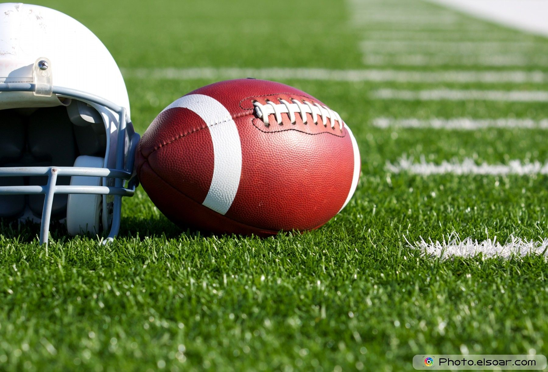 American Football Ball Wallpapers Widescreen Field Nfl Football 1600 1200 American Football Wallpaper 55 Wallpapers Adorable Wallpa Football Nfl Stream Nfl