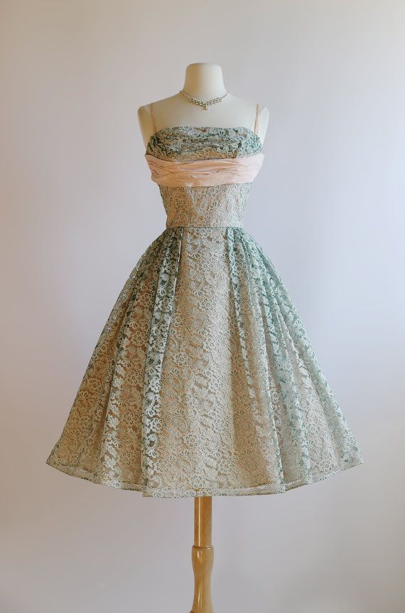 8b100d698d5 Vintage 1950s Prom Dress 50s Pink and Green Lace by xtabayvintage ...