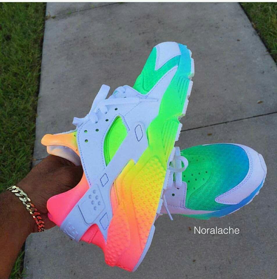 nike huarache arcobaleno