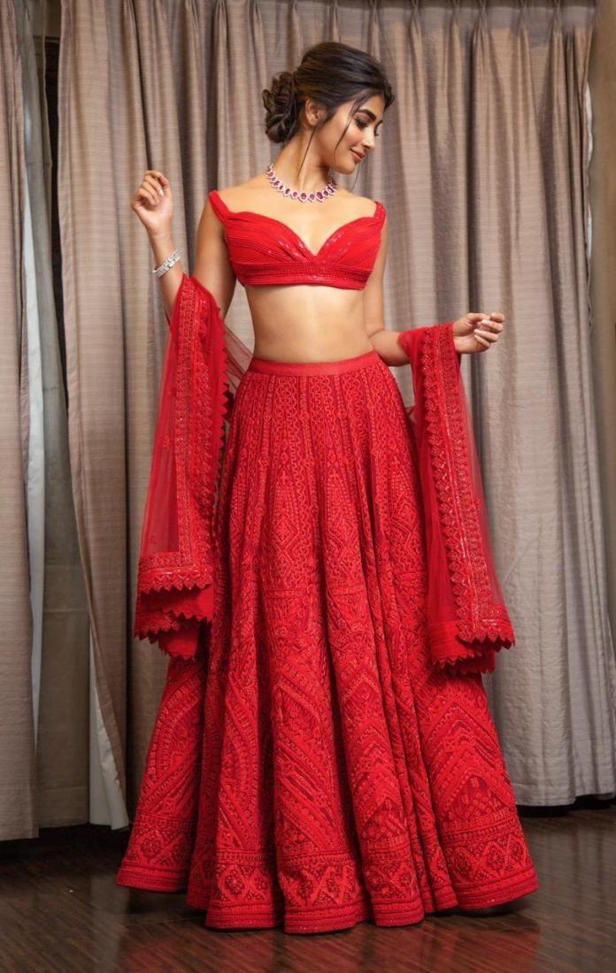 Pooja Hegde looks ravishingly hot in a red Shantan